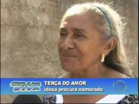 Anúncio garota idosa mulher 13751